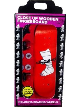 Close Up Finger Skate Broken Leg - Complete Setup